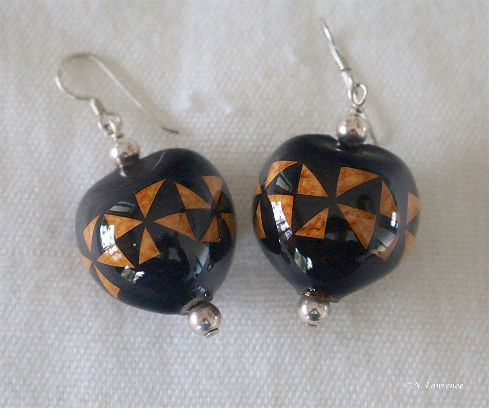 Ka Pe'a Kapu Epoxy Earrings 8