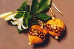 Kape'a Kapu Design Kukui Earrings2b